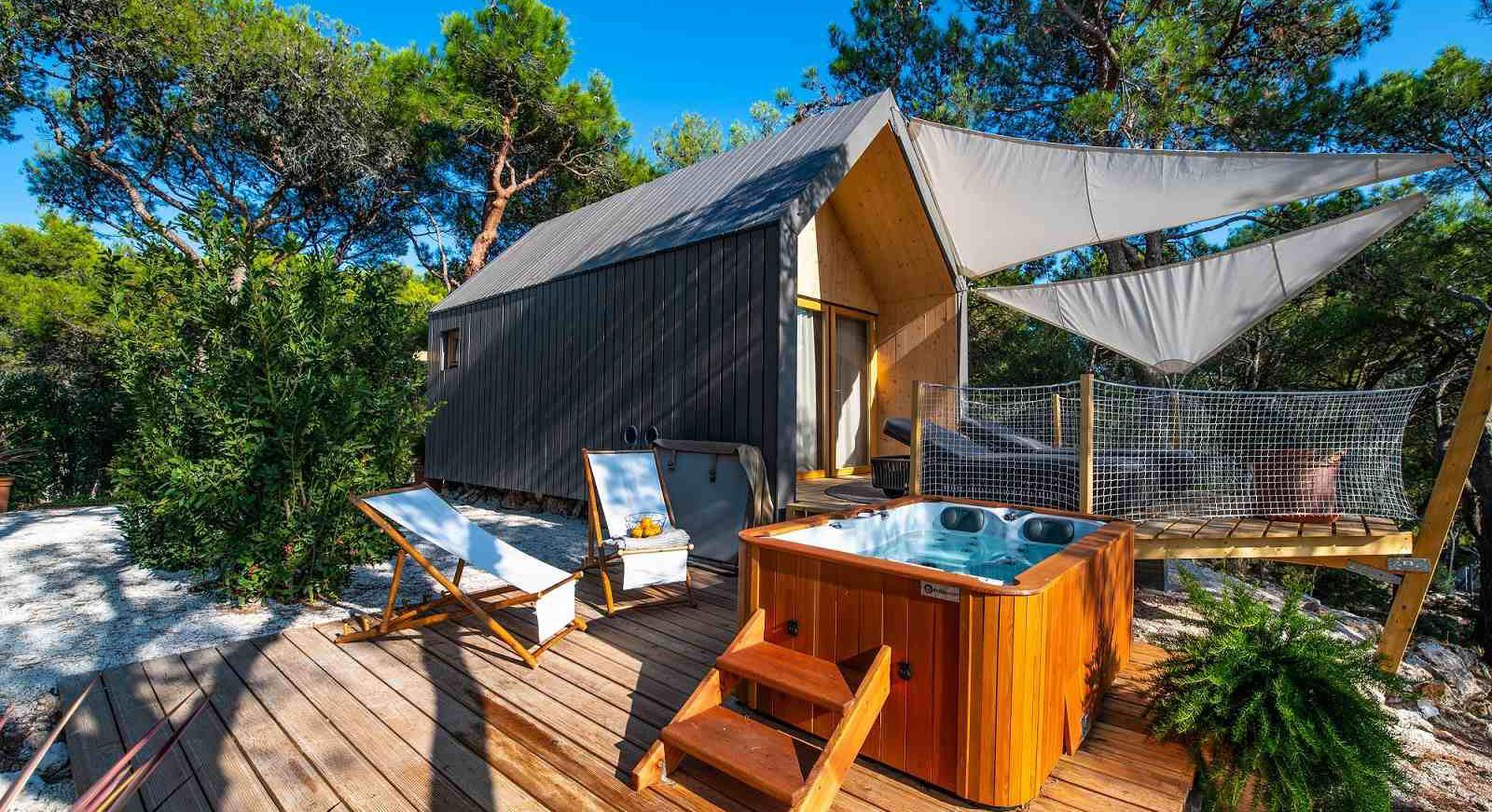 Atraiga con un nuevo concepto de hospitalidad turística.